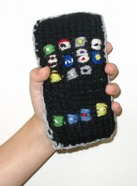 Dt_handknit_iphone